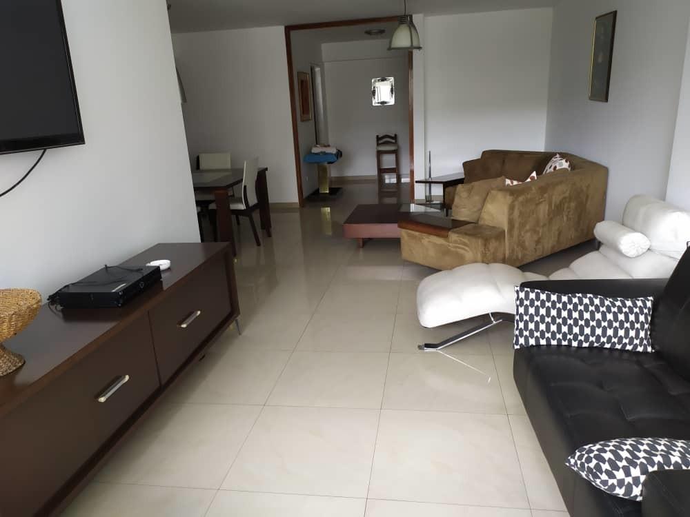 apartamento en alquiler, 4 habitaciones, 3 baños,