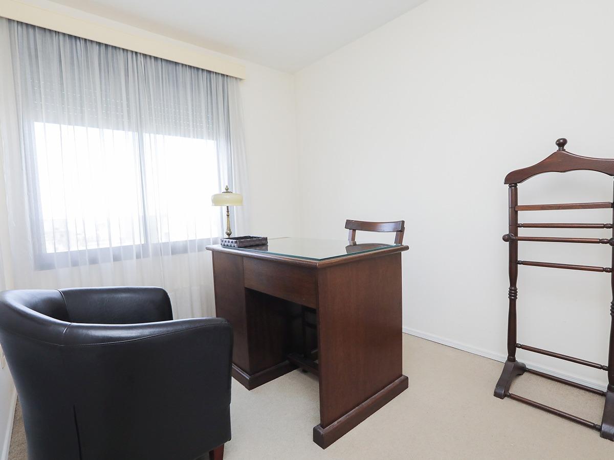 apartamento en alquiler en pocitos ref. 621
