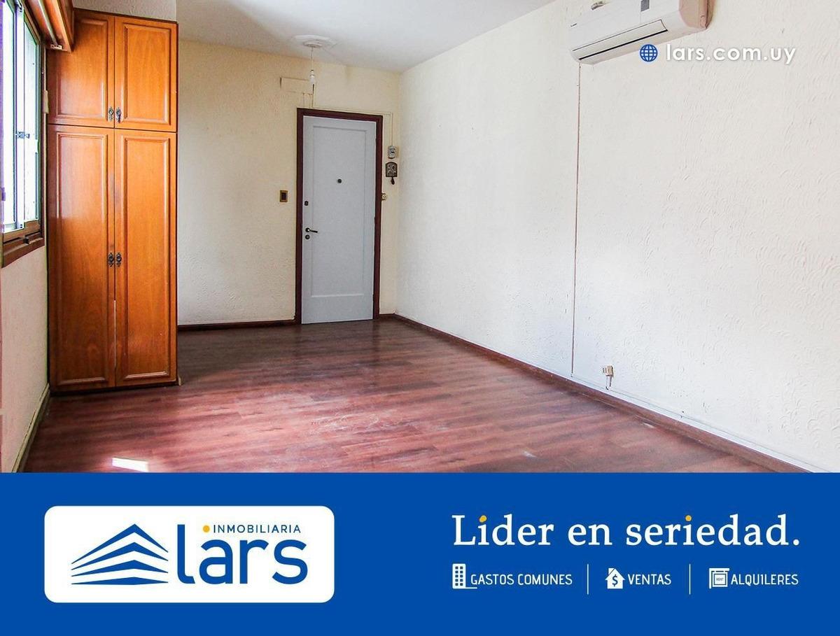 apartamento en alquiler / la comercial - inmobiliaria lars