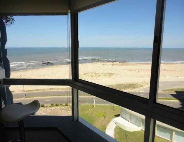 apartamento en alquiler playa brava primera linea! consulte