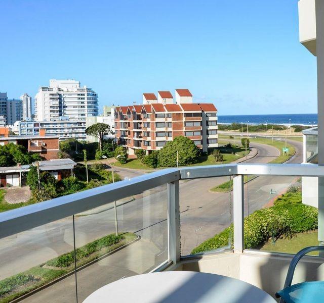 apartamento en alquiler por temporada de 1 dormitorios en playa brava