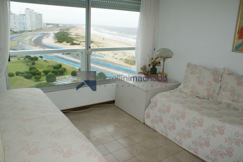 apartamento en alquiler temporario brava 2 dormitorios- ref: 1328