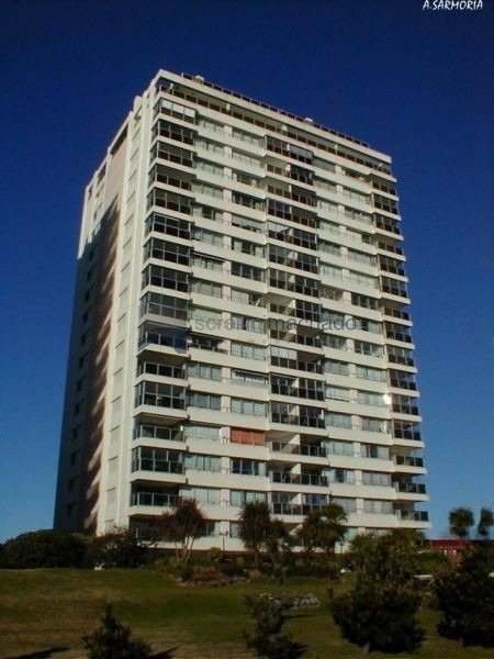 apartamento en alquiler temporario mansa 2 dormitorios- ref: 2176