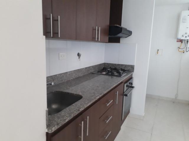 apartamento en arriendo bosques de zuñiga 473-4124