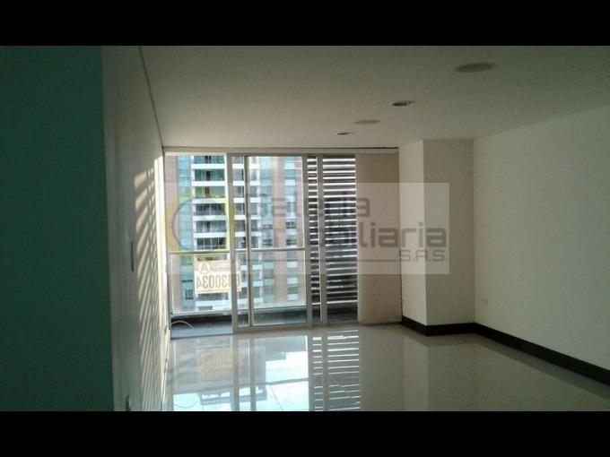 apartamento en arriendo cabecera 704-4249
