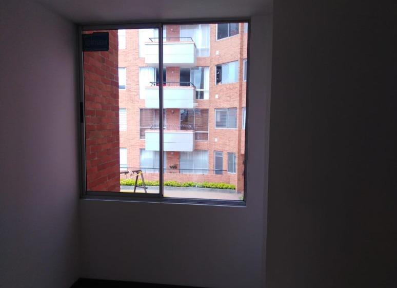 apartamento en arriendo chico bogotá id 0195