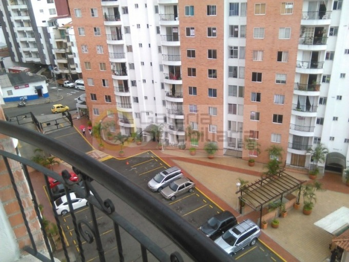 apartamento en arriendo conucos 704-4612
