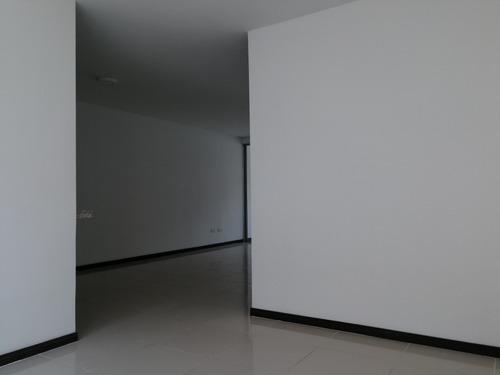 apartamento en arriendo cristales 164-522