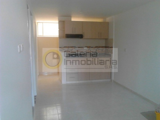 apartamento en arriendo junin 704-4311