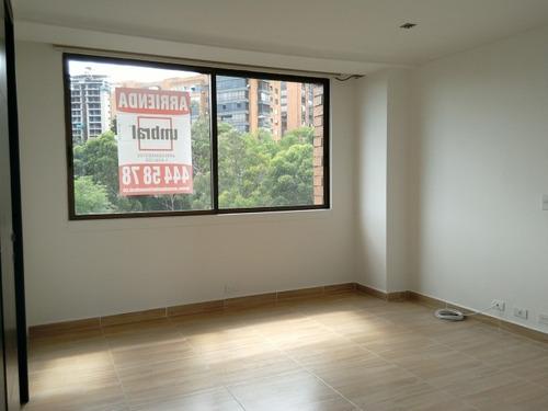 apartamento en arriendo los balsos 473-3657