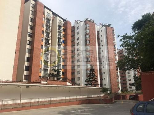 apartamento en arriendo los pinos 704-3980