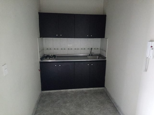 apartamento en arriendo manrique central 447-7134