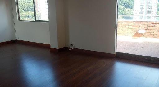 apartamento en arriendo poblado 472-1148