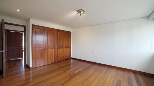 apartamento en arriendo poblado 472-1207
