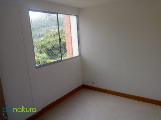 apartamento en arriendo sabaneta 472-1549