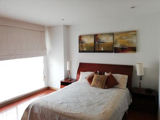 apartamento en arriendo santa barbara central 381-522