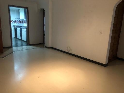 apartamento en arriendo santa barbara central 399-1172