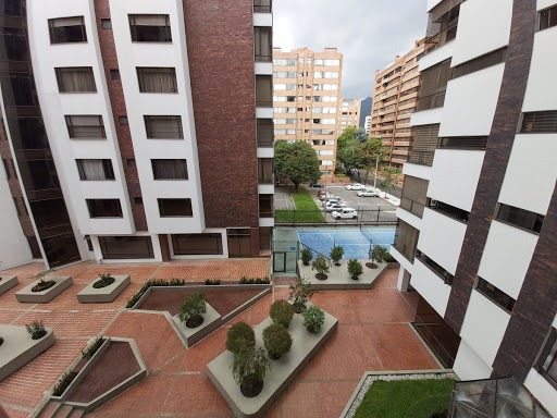 apartamento en arriendo santa barbara central 763-262