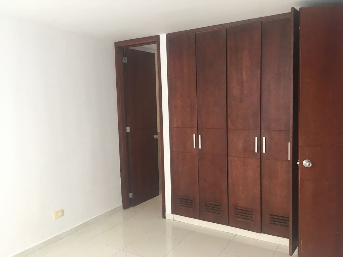 apartamento en arriendo santa helena 158-1414