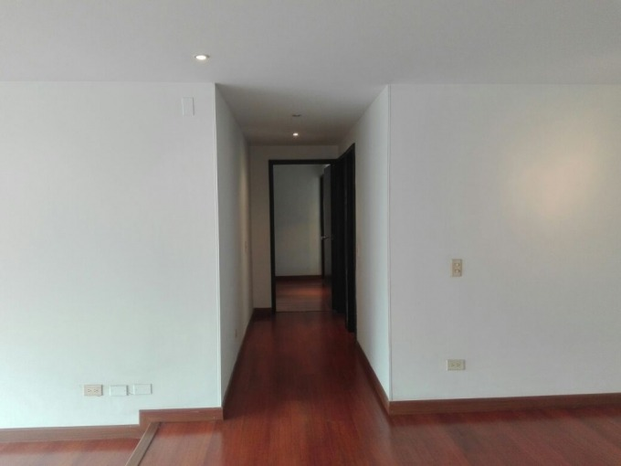 apartamento en arriendo/venta chicó reservado 97-2216