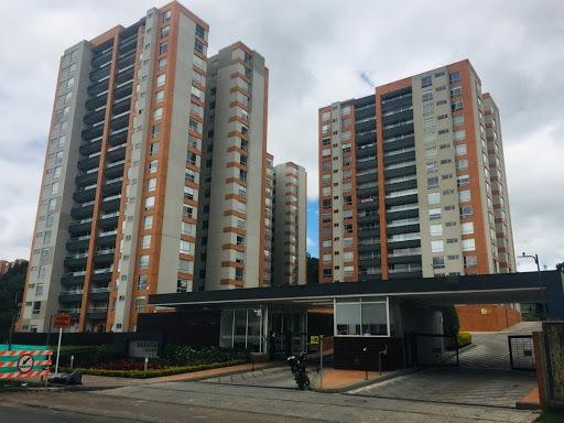 apartamento en arriendo/venta colina norte 642-4511