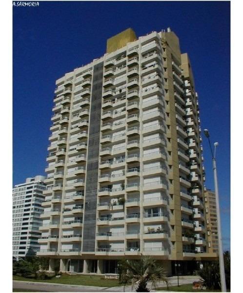 apartamento en brava, 1 dormitorio balcon y vista!!- ref: 2540