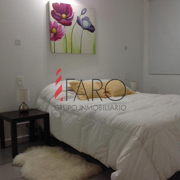 apartamento en brava 1 dormitorio con cochera- ref: 34626