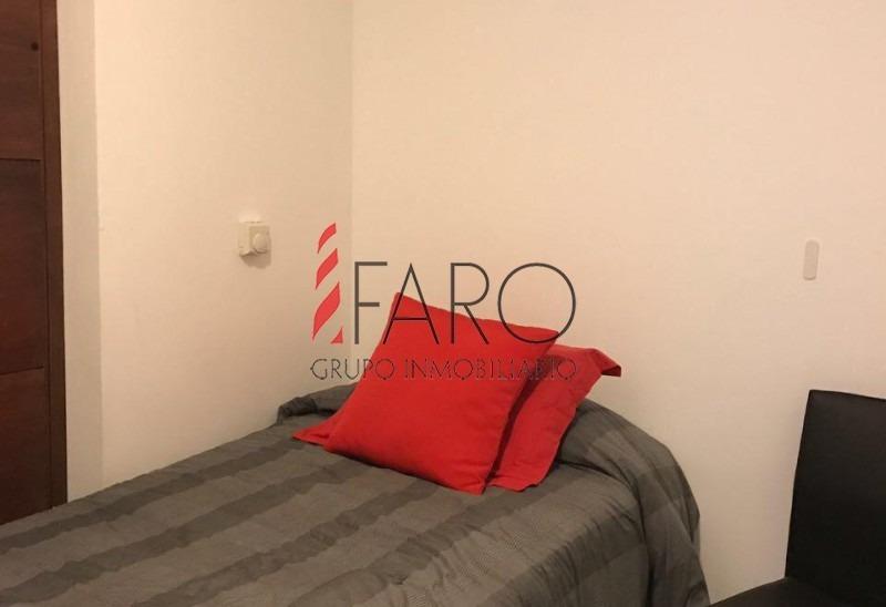 apartamento en brava 3 dormitorios con cochera- ref: 34728