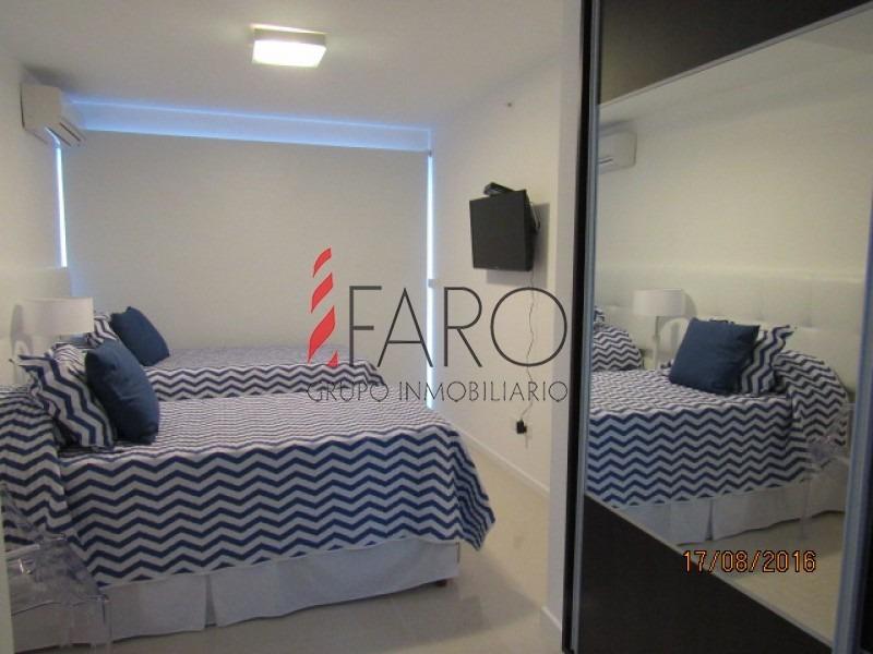 apartamento en brava 3 dormitorios con servicios-ref:34085