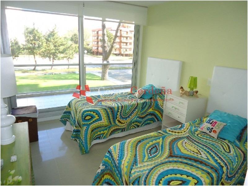 apartamento en brava, 3 dormitorios *- ref: 699