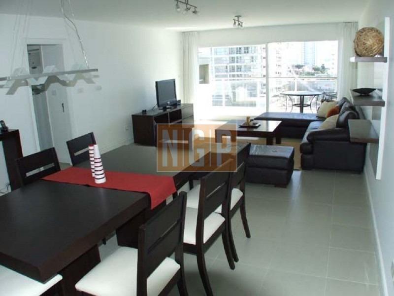 apartamento en brava, 3 dormitorios  -ref:3198