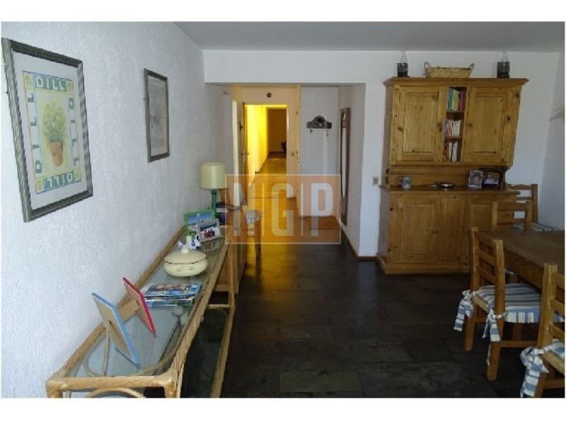 apartamento en brava, 3 dormitorios *-ref:3811