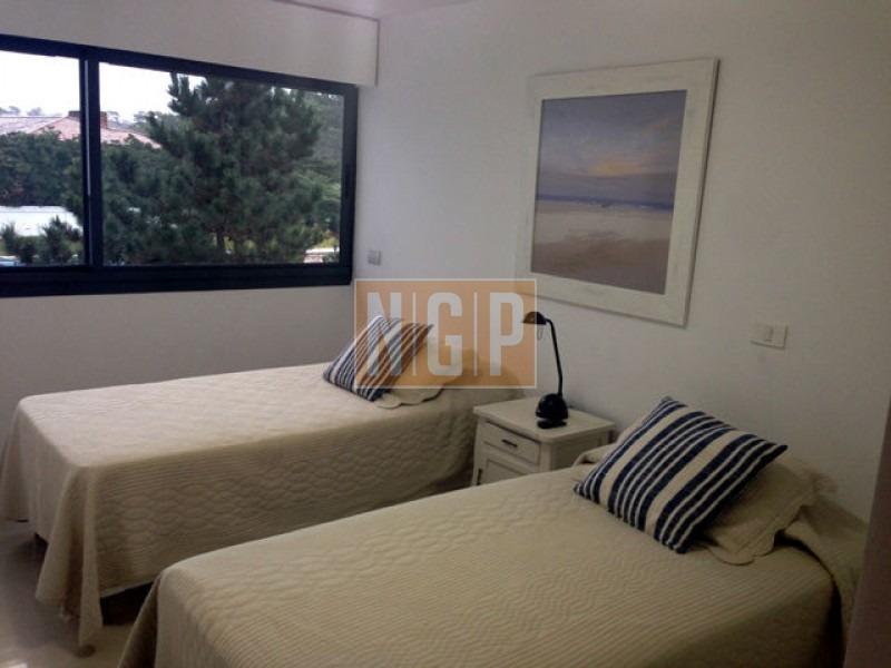 apartamento en brava, 3 dormitorios  -ref:5587