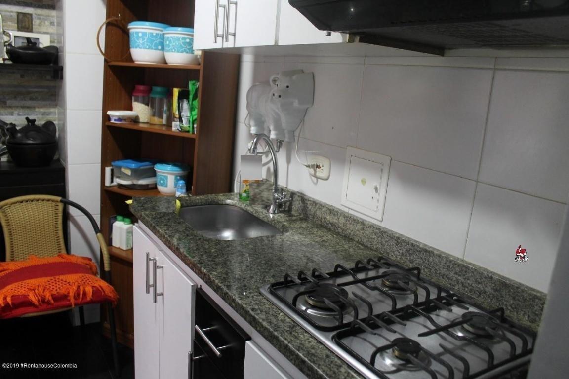 apartamento en  capellania(cajica) fr 20-28