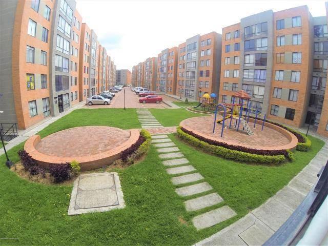 apartamento en castilla mls #19-115 fr