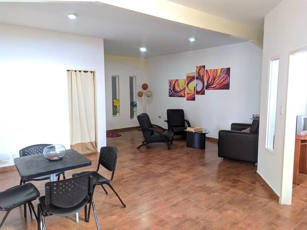 apartamento en colinas de antaraju suites barrio sucre