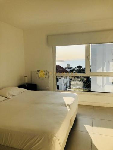 apartamento en el corazon de la peninsula de un dormitorio y garaje. - ref: 1190