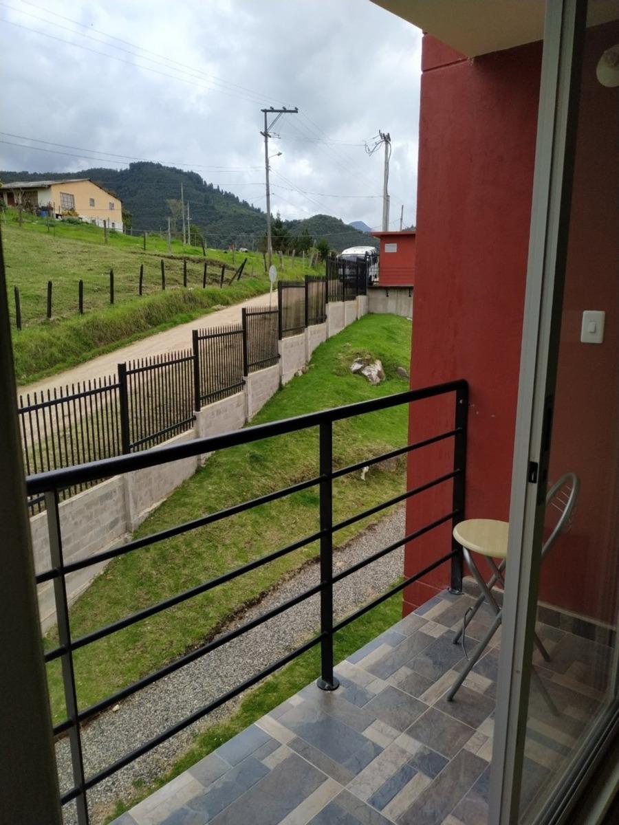 apartamento en el portico la calera
