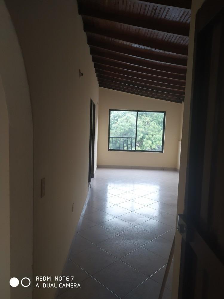 apartamento en francisco antonio zea