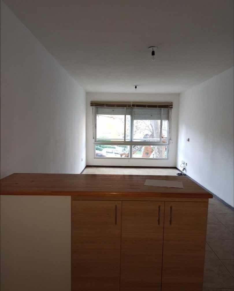apartamento en gabriel pereira 1d 22000