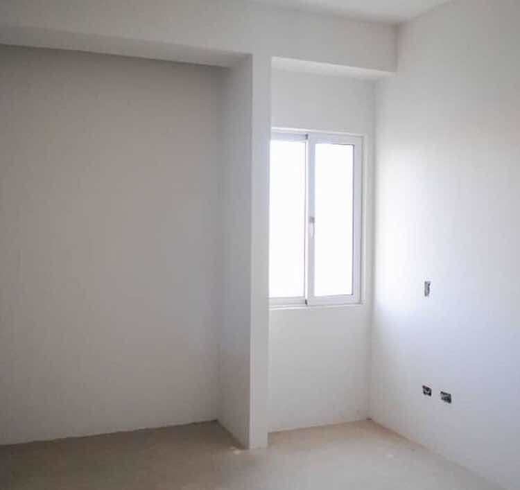 apartamento en gris