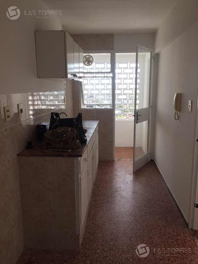 apartamento en la blanqueada a cuadras de parque batlle