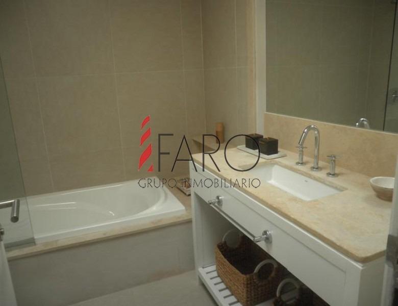 apartamento en la brava 3 dormitorios con parrillero y balcón- ref: 32825
