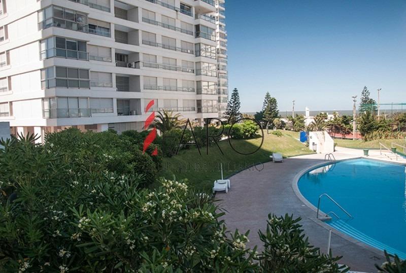 apartamento en la mansa 2 dormitorios con garage-ref:33909