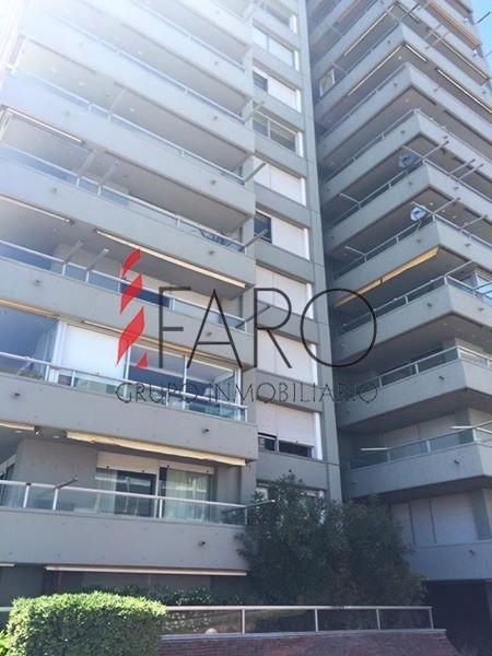 apartamento en la península 3 dormitorios y servicio con terraza y garage- ref: 36063