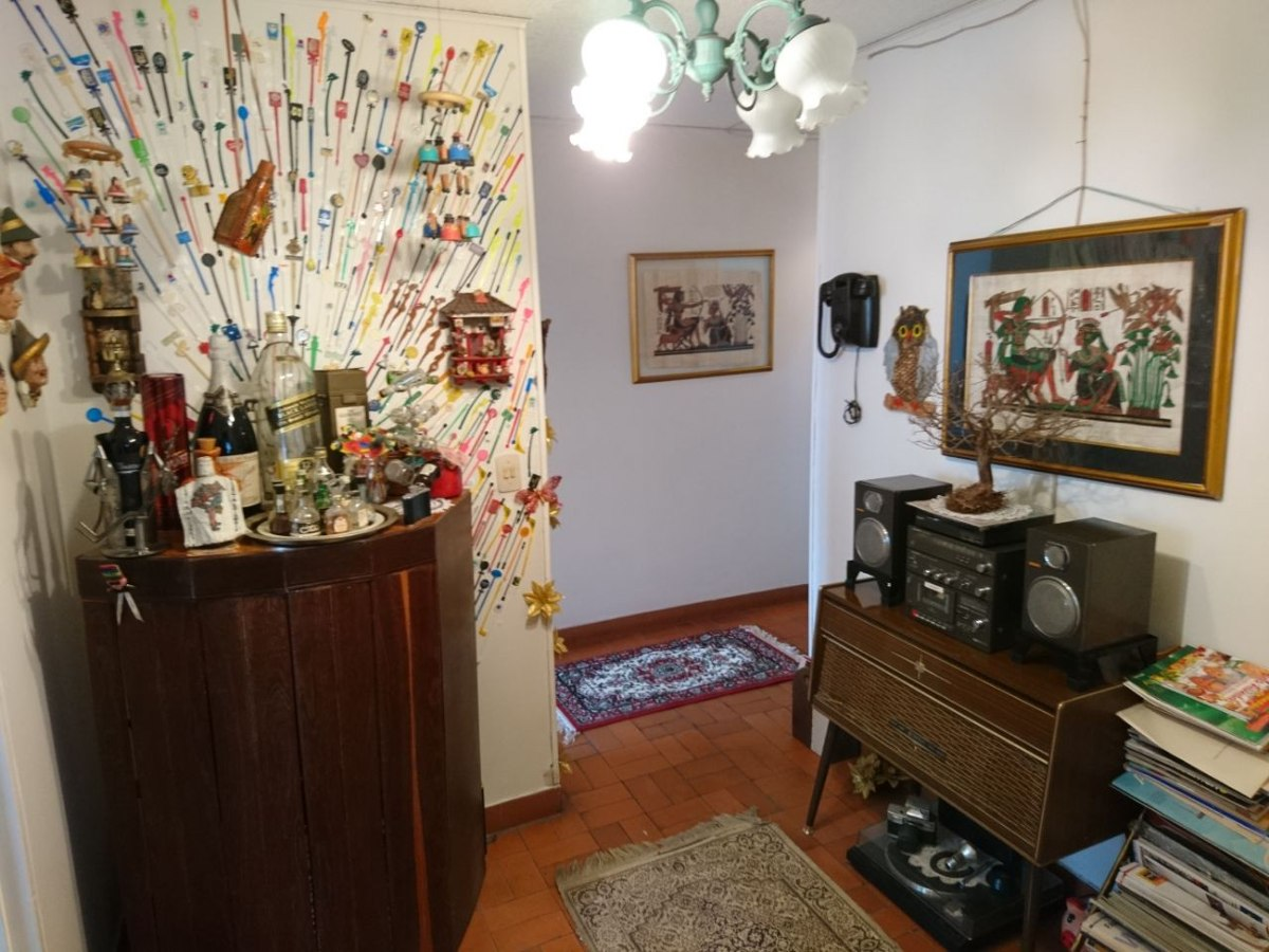 apartamento en los colores (excelente ubicación y espacios)
