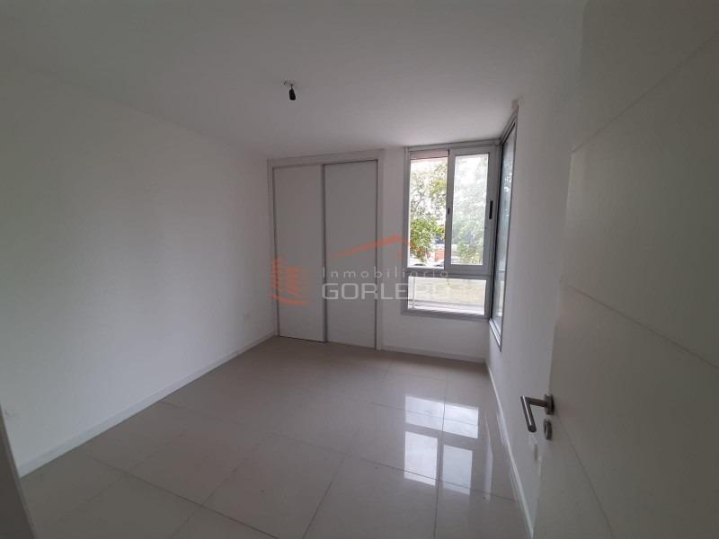 apartamento en maldonado, centro-ref:14652