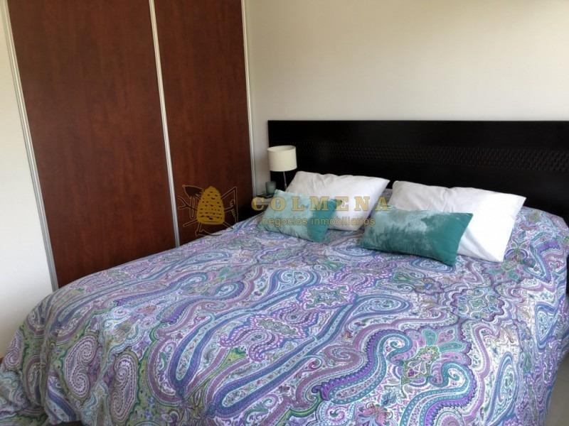 apartamento en mansa, 2 dormitorios, con parrillero propio- ref: 2223