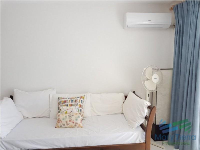 apartamento en mansa, 2 dormitorios *-ref:1387