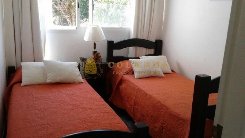 apartamento en mansa, 2 dormitorios *-ref:237